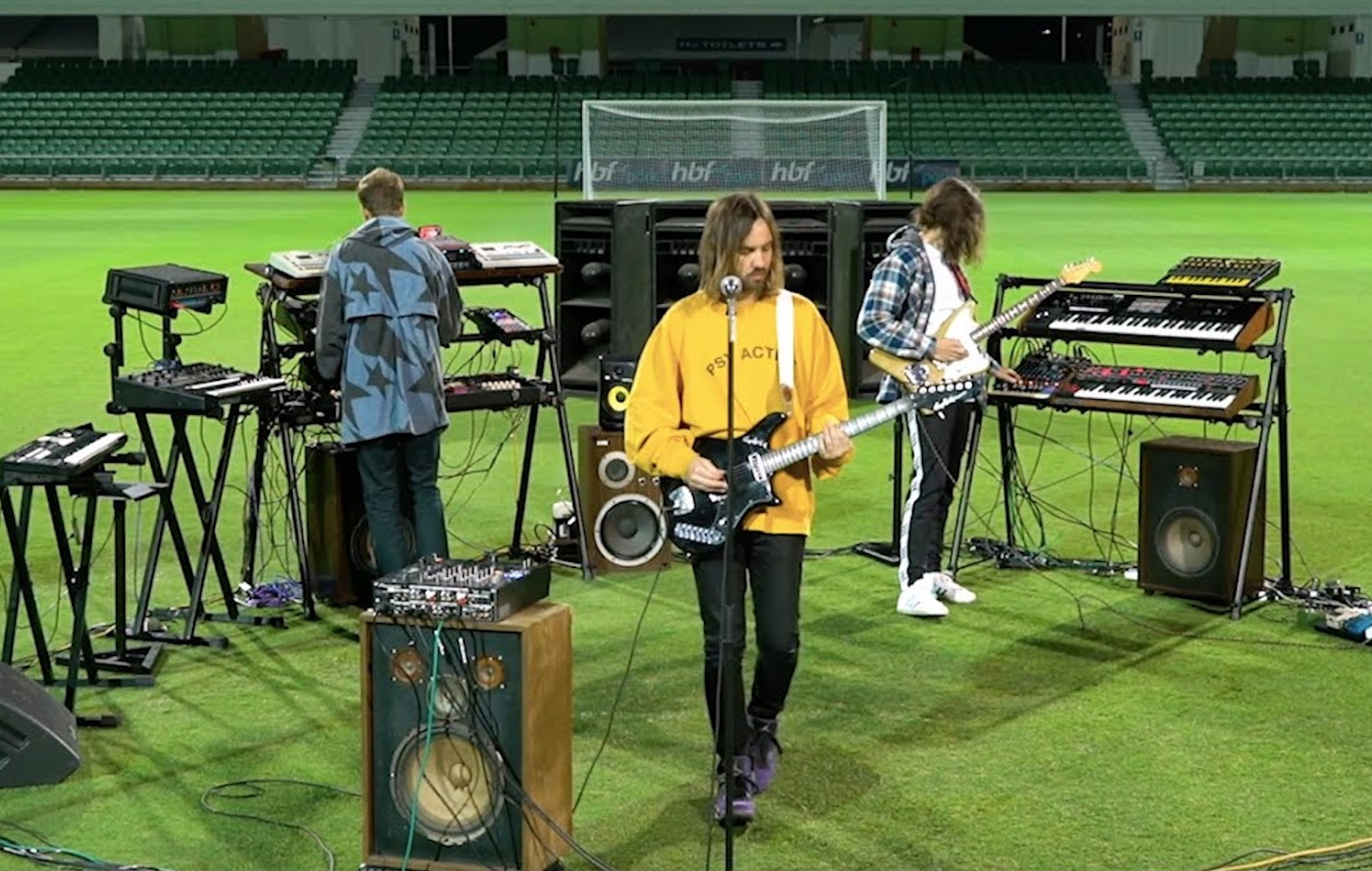 Watch Tame Impala perform 'Elephant' and 'Is It True' in an empty stadium |  NME