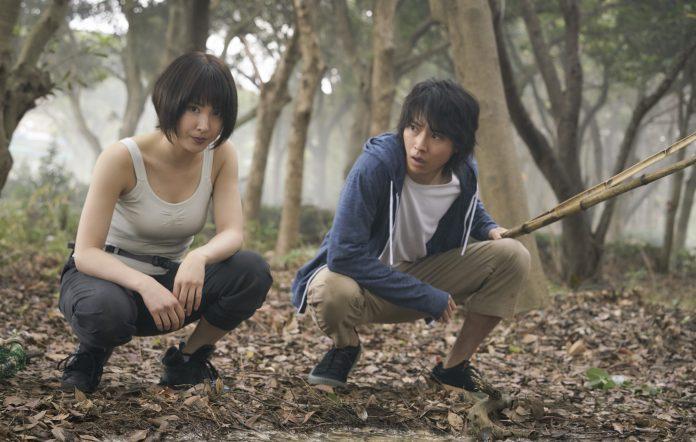 alice in borderland actors kenta yamazaki and tao tsuchiya netflix