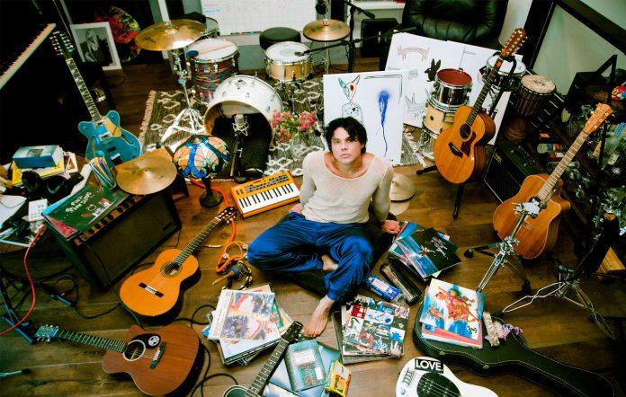 5 Seconds of Summer drummer Ashton Irwin solo album Superbloom