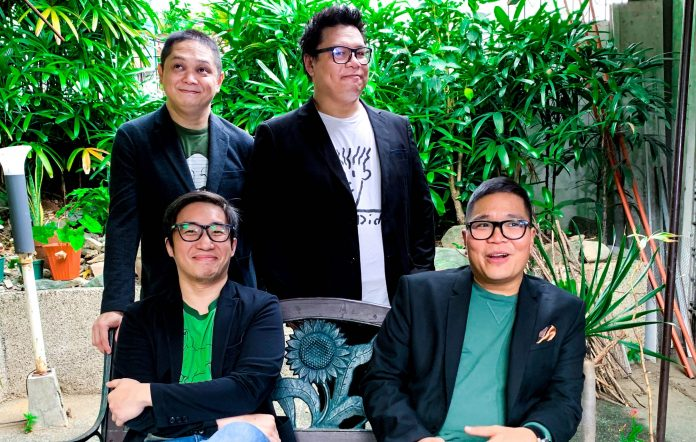 The Itchyworms bring holiday cheer with Christmas-themed EP