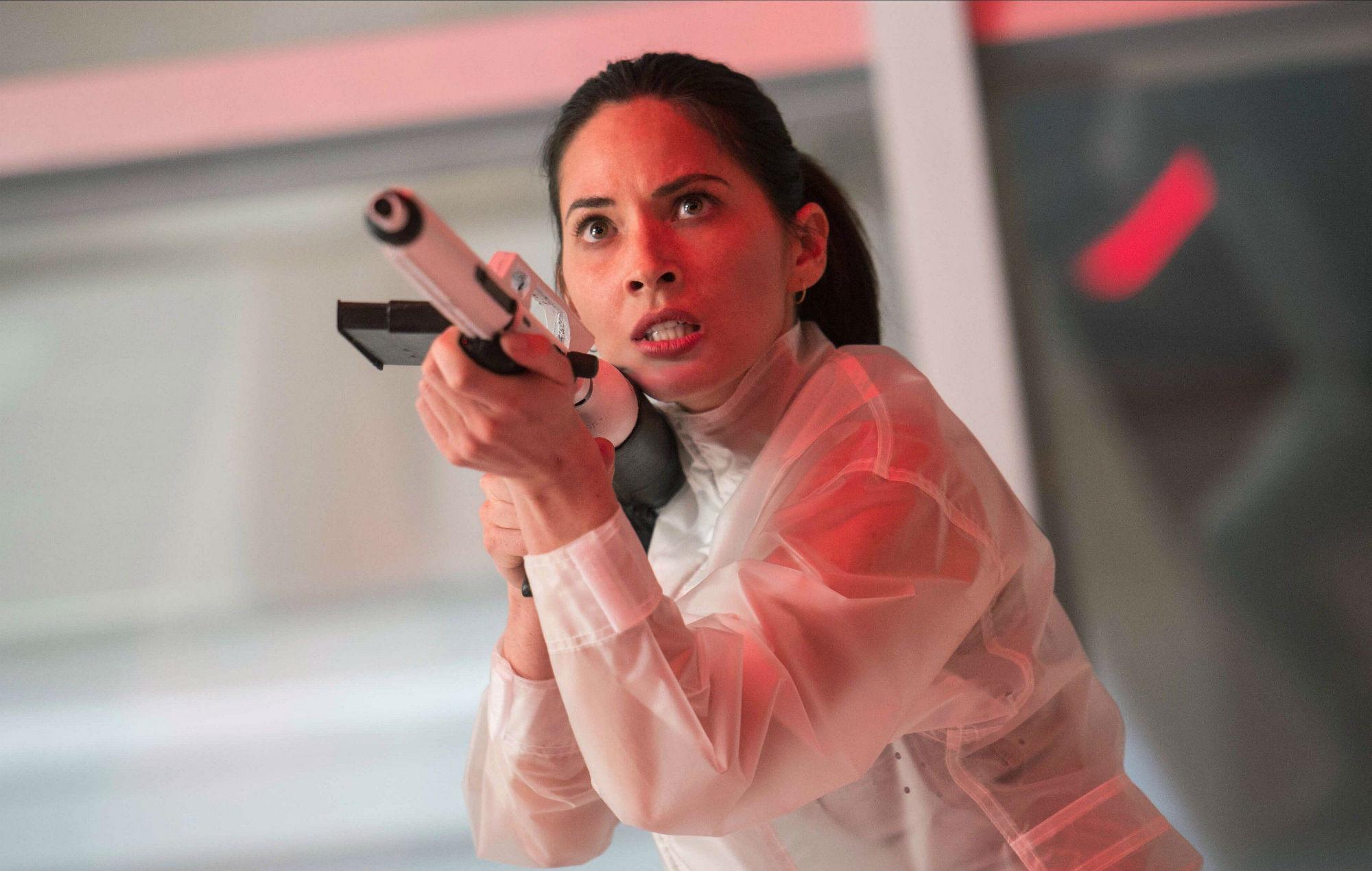 Olivia Munn in The Predator