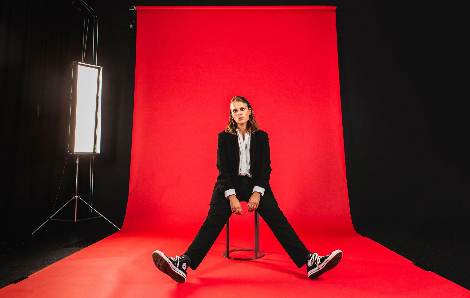 Marika Hackman shot by Jenn Five for NME