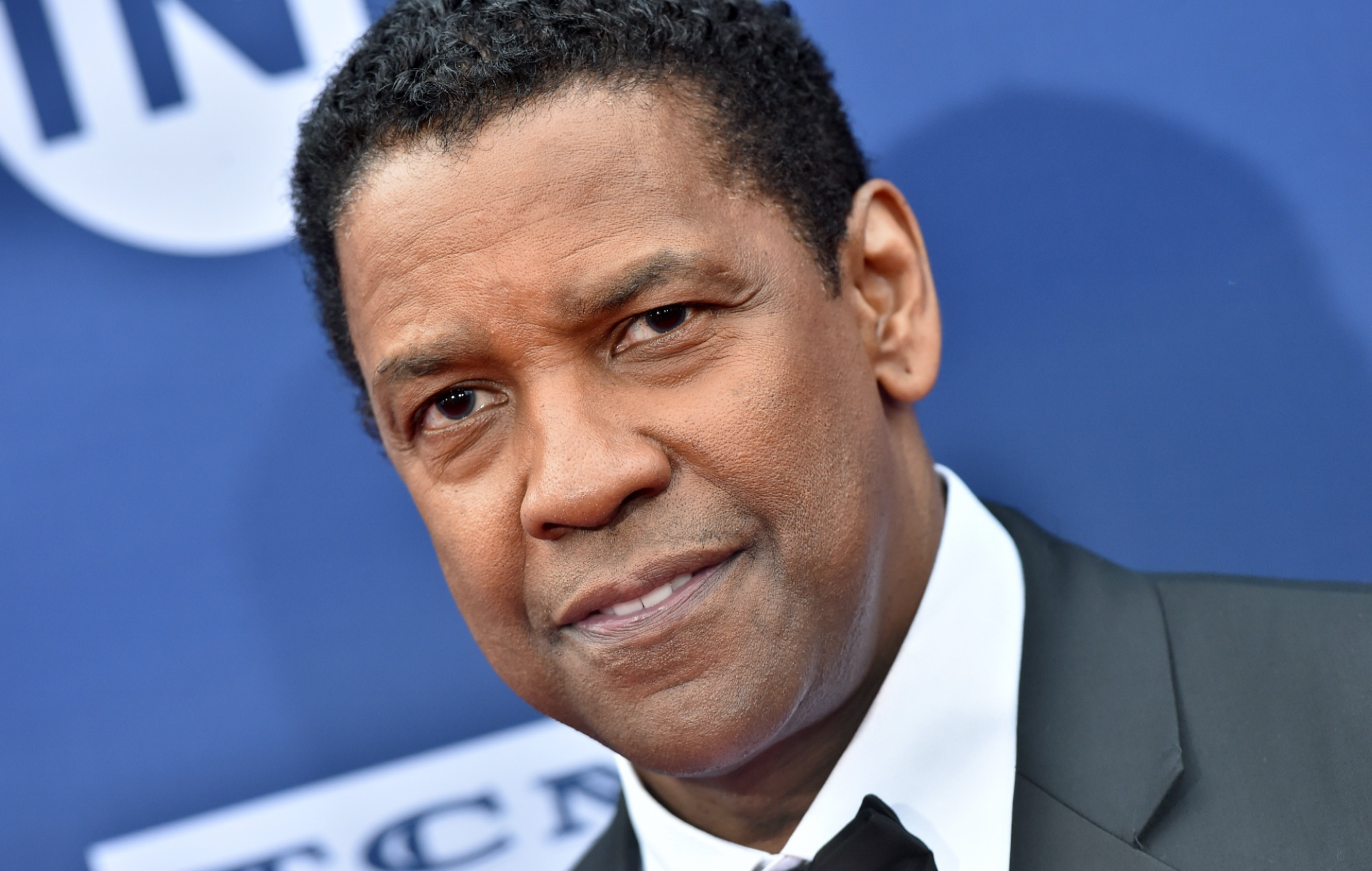Denzel Washington opens up about his experiences policing in the US thumbnail