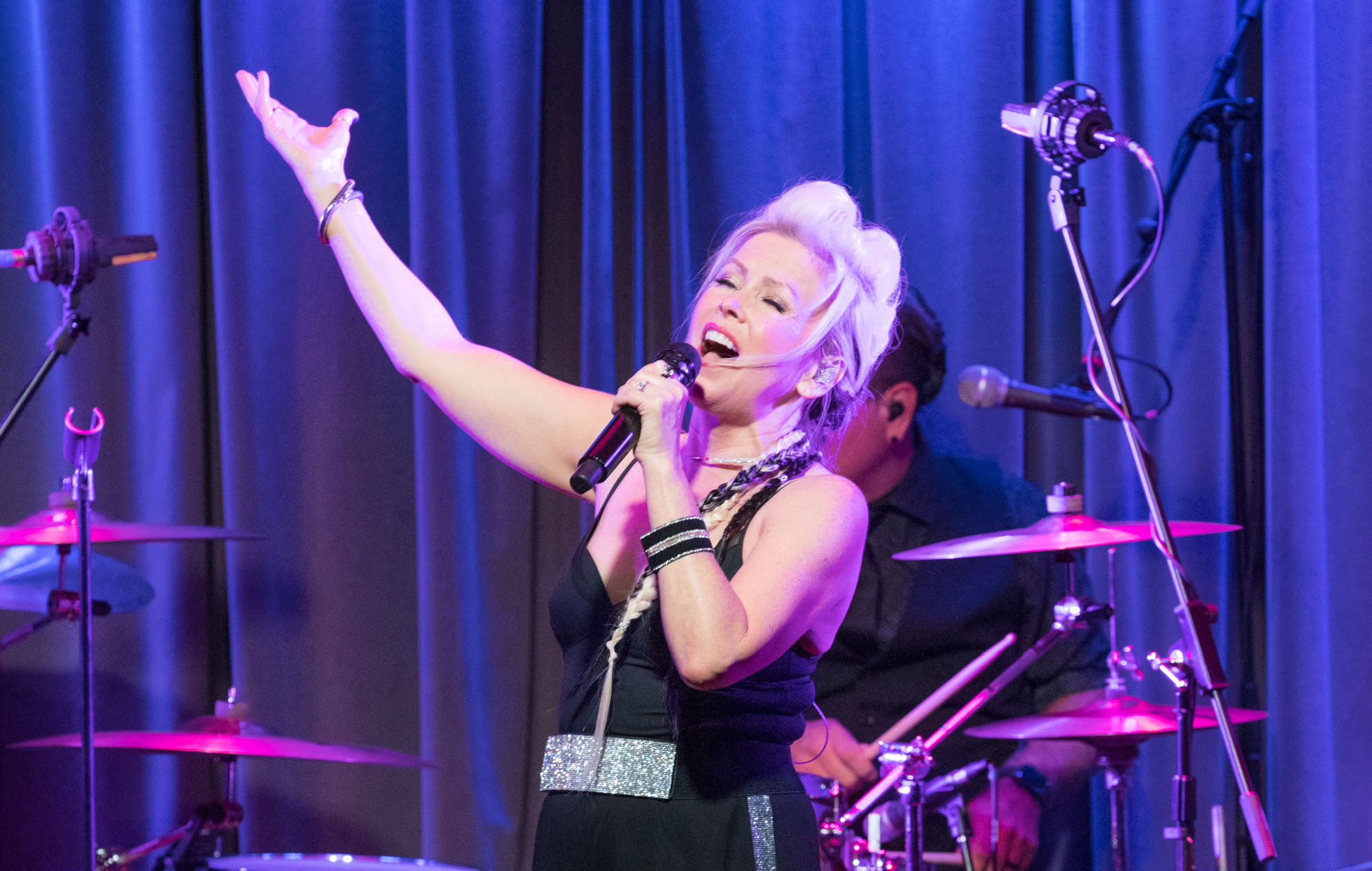 Berlin's Terri Nunn issues apology after playing at controversial Mar-a-Lago NYE party