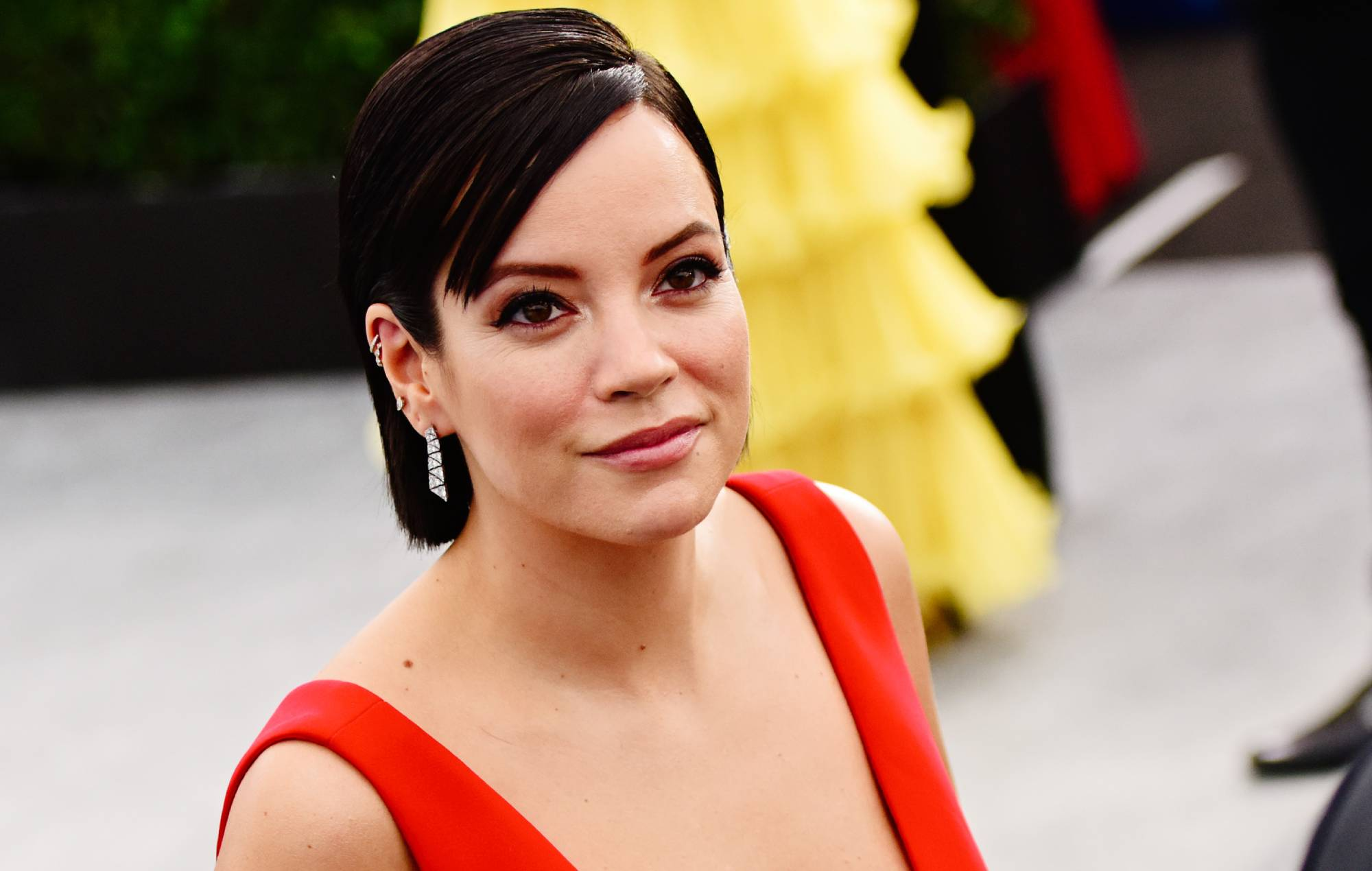Lily Allen says she considered taking heroin while supporting Miley Cyrus on tour