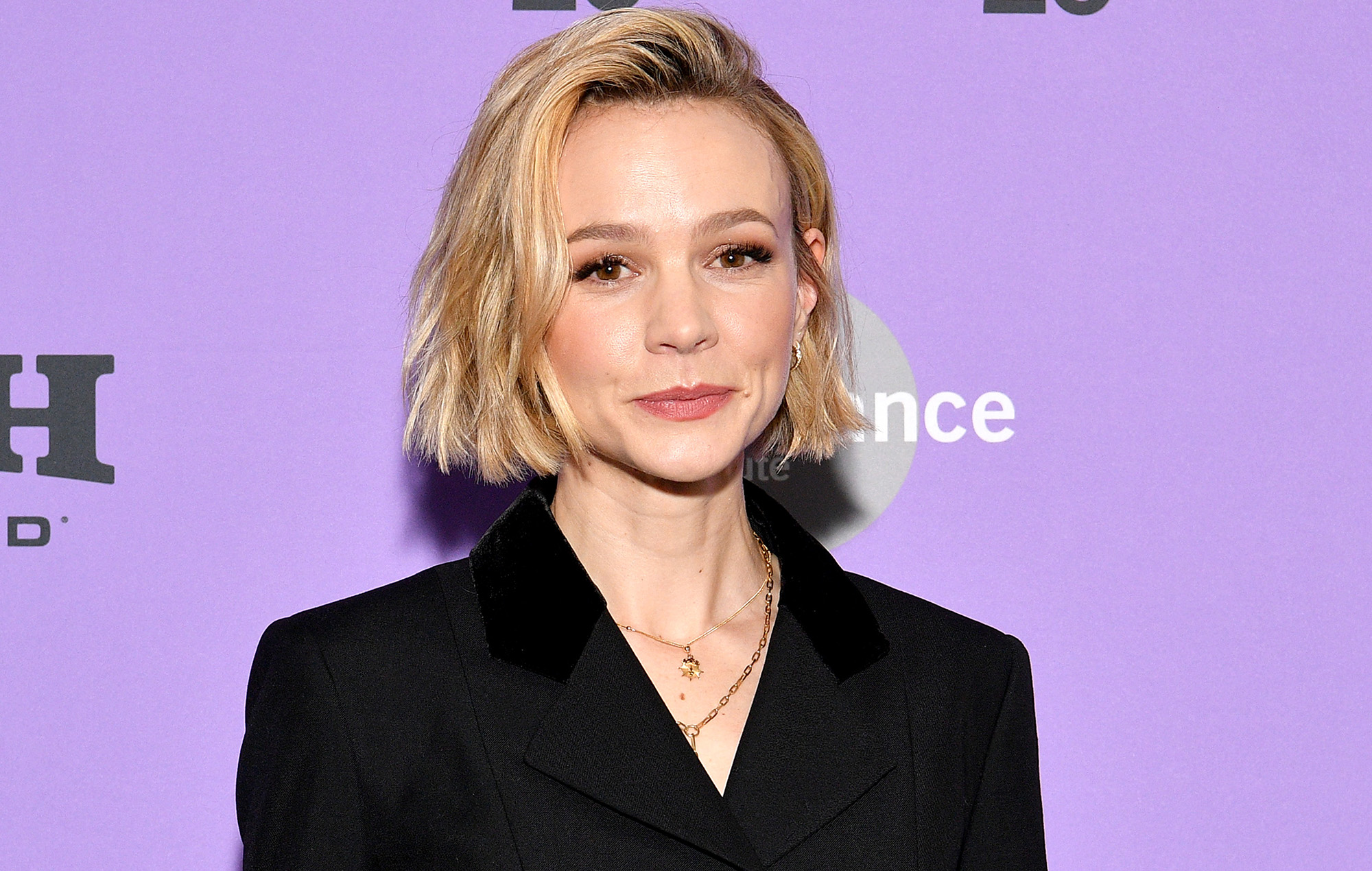 """Carey Mulligan responds to apology for """"sexist"""" new film review"""