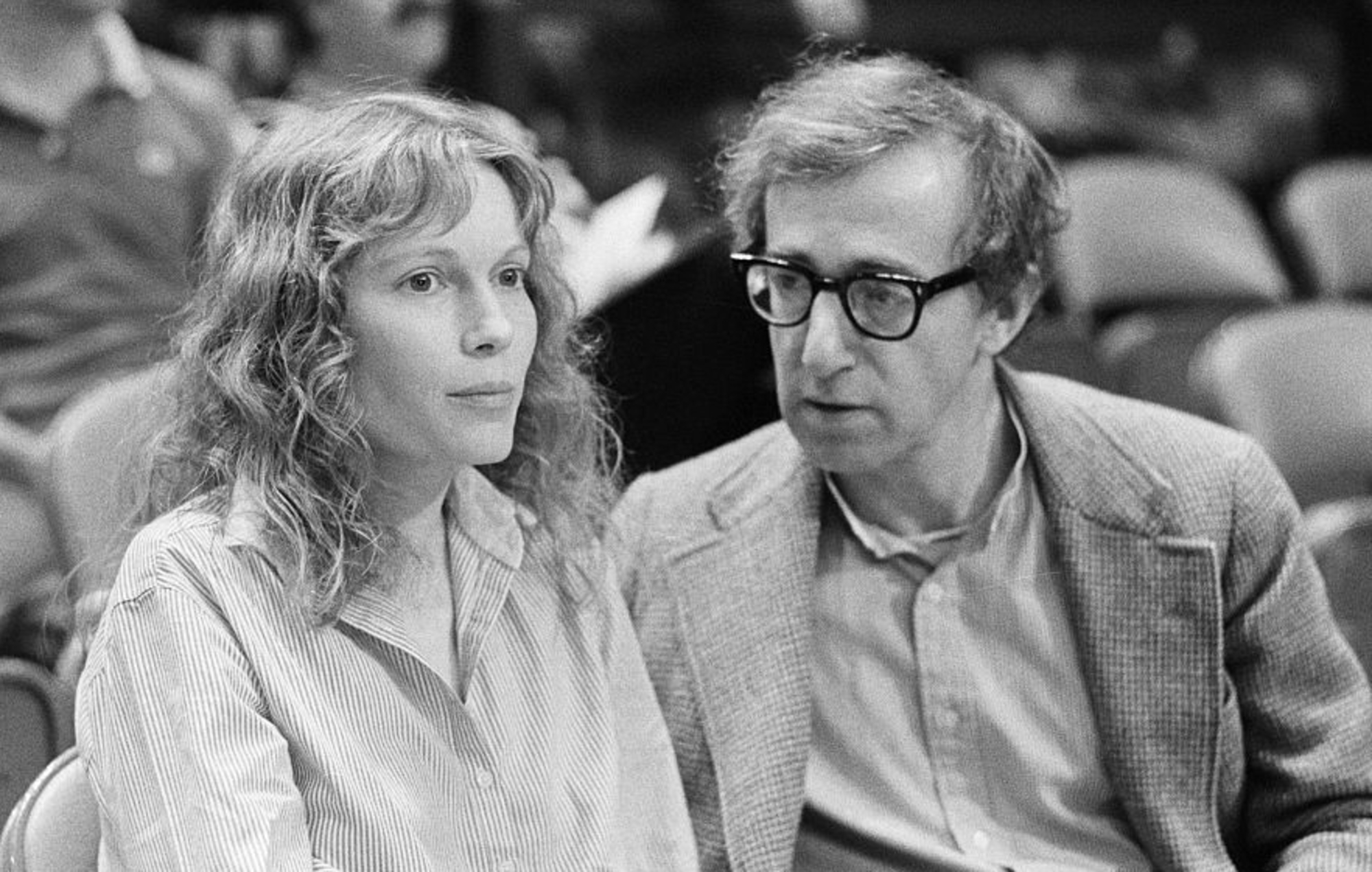 Woody Allen and Mia Farrow - trailer