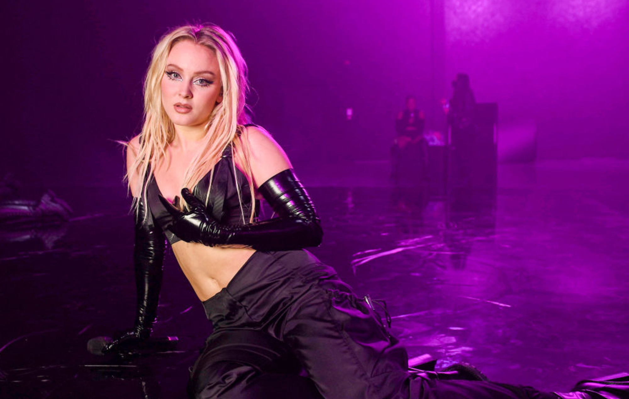 Zara Larsson says she'll fire creative director following exchanges with Azealia Banks