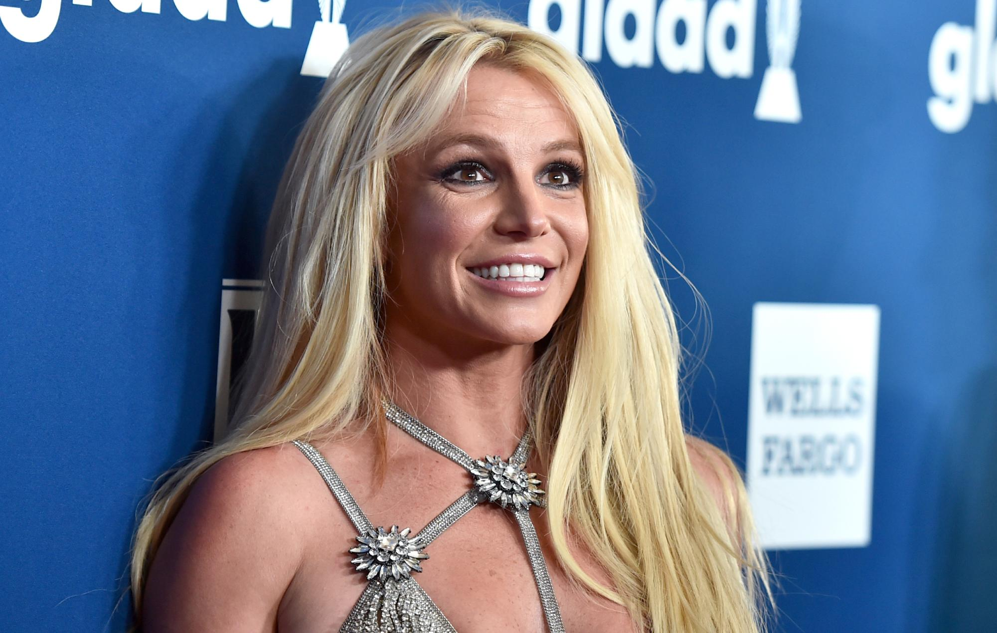 """Britney Spears' father would """"love"""" to end singer's controversial conservatorship 2"""