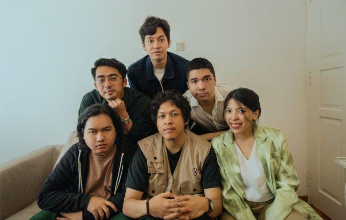 Lombar Sihir debut single Hati dan Paru-Paru Hindia Baskara Putra