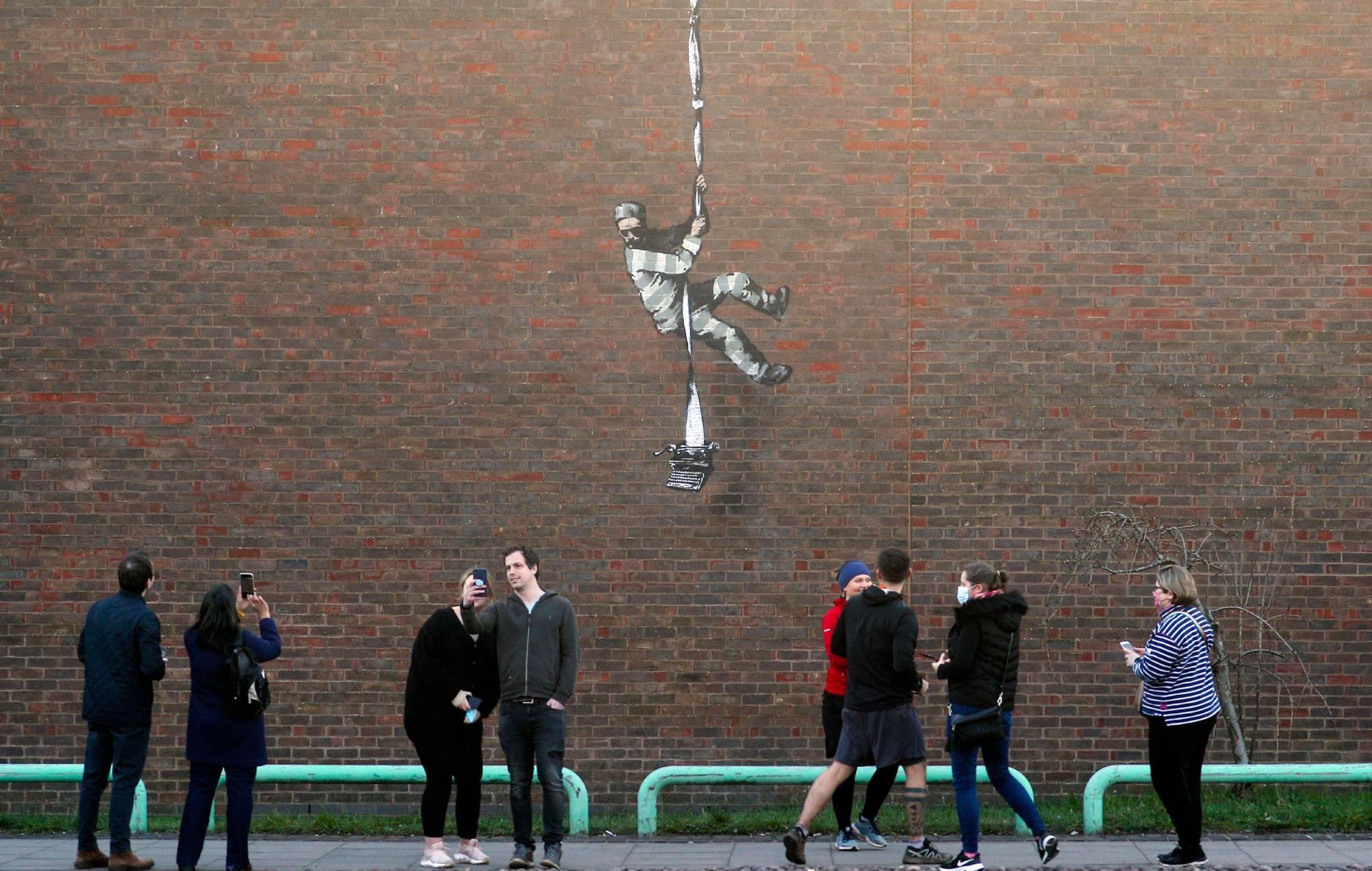 Kate Winslet backs plan to turn Reading Prison into arts venue following Banksy art 2