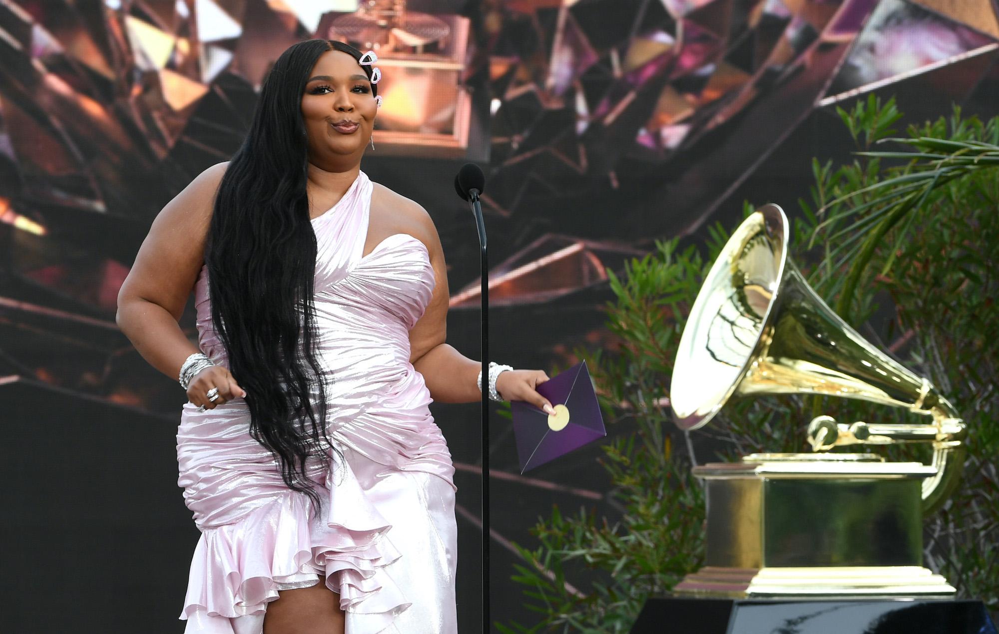 Lizzo Grammys 2021