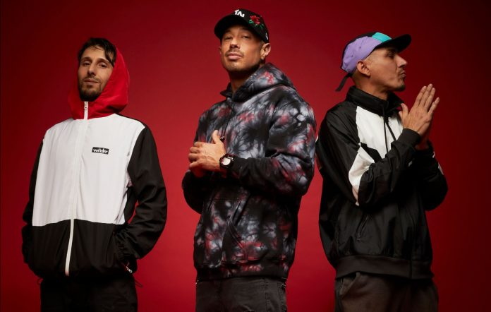 Bliss N Eso link up with Kasey Chambers for new track 'Good People'