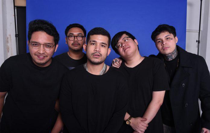 Blue Room Boys Indonesia Ariel Nayaka debut album review UR Amazing