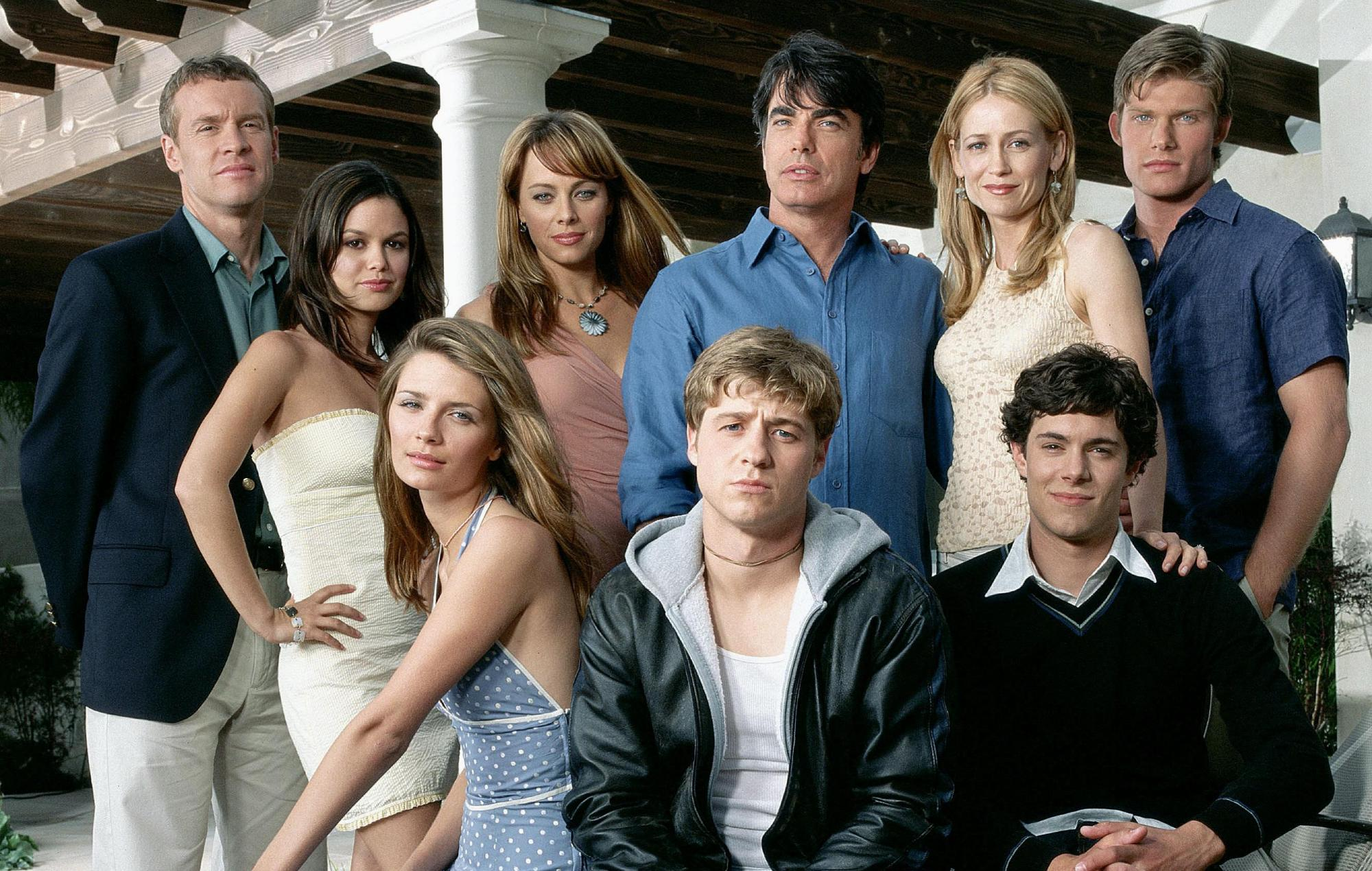 """Rachel Bilson and Melinda Clarke are """"down"""" for 'The O.C.' reboot"""