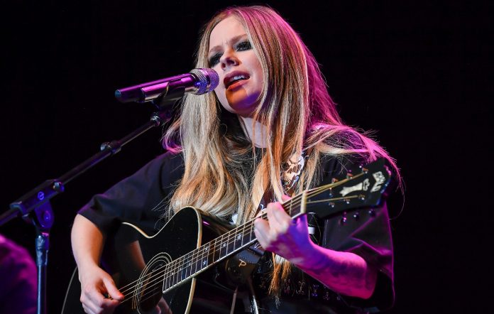 Avril Lavigne's Manila concert gets pushed back to May 2022