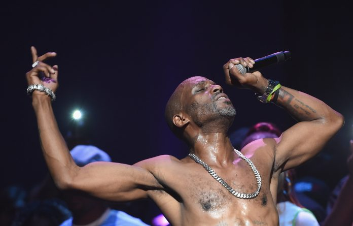 NEW YORK, NY - AUGUST 05: Rapper DMX performs live on stage at The Apollo Theater on August 5, 2016 in New York City.