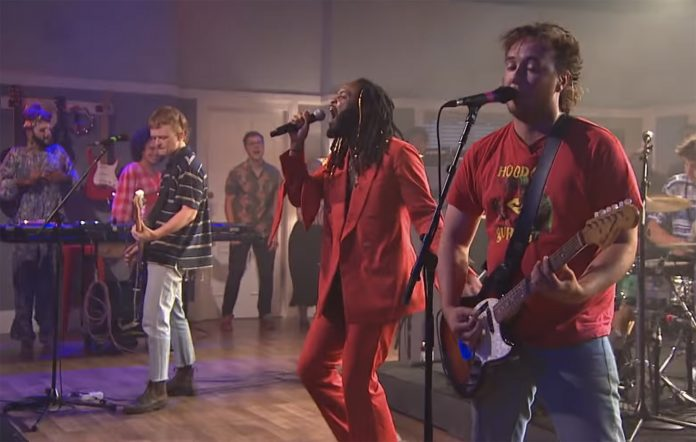 Genesis Owusu and The Chats performing on 'The Set'