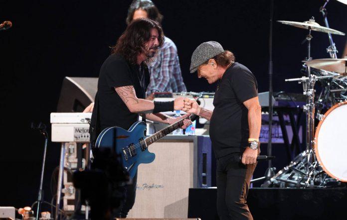 Foo Fighters Brian Johnson