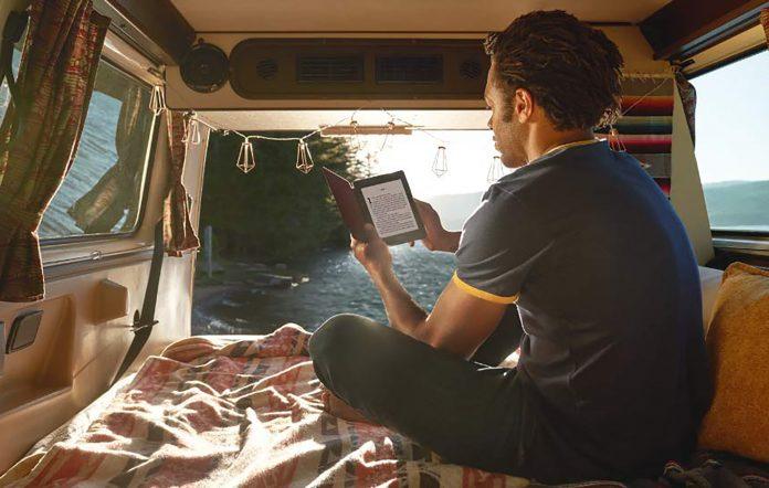 Amazon Kindle Paperwhite Lifestyle Image