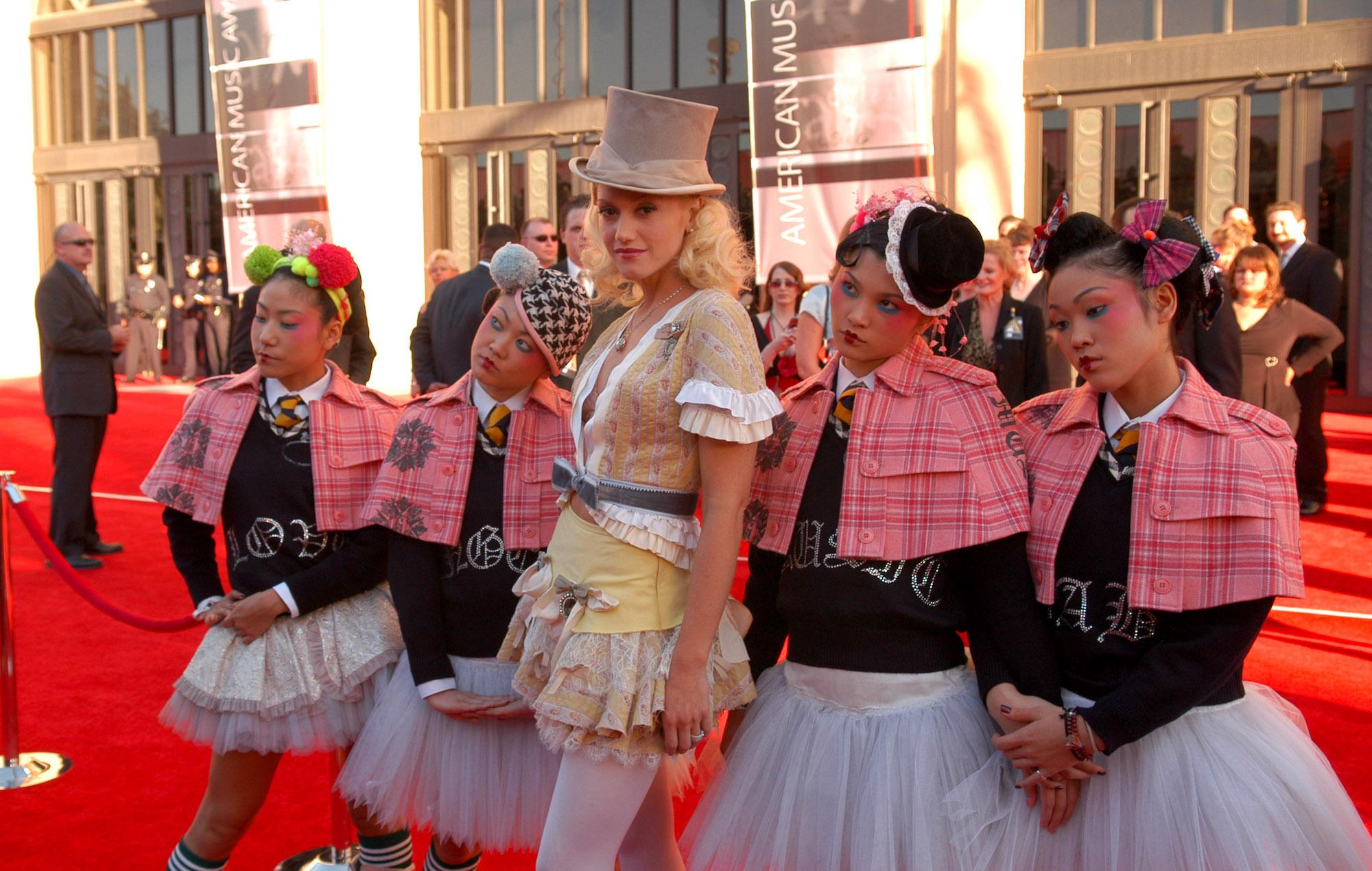 Gwen Stefani AMAs Harajuku Girls