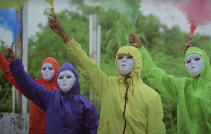 'Impostor Senayan' music video
