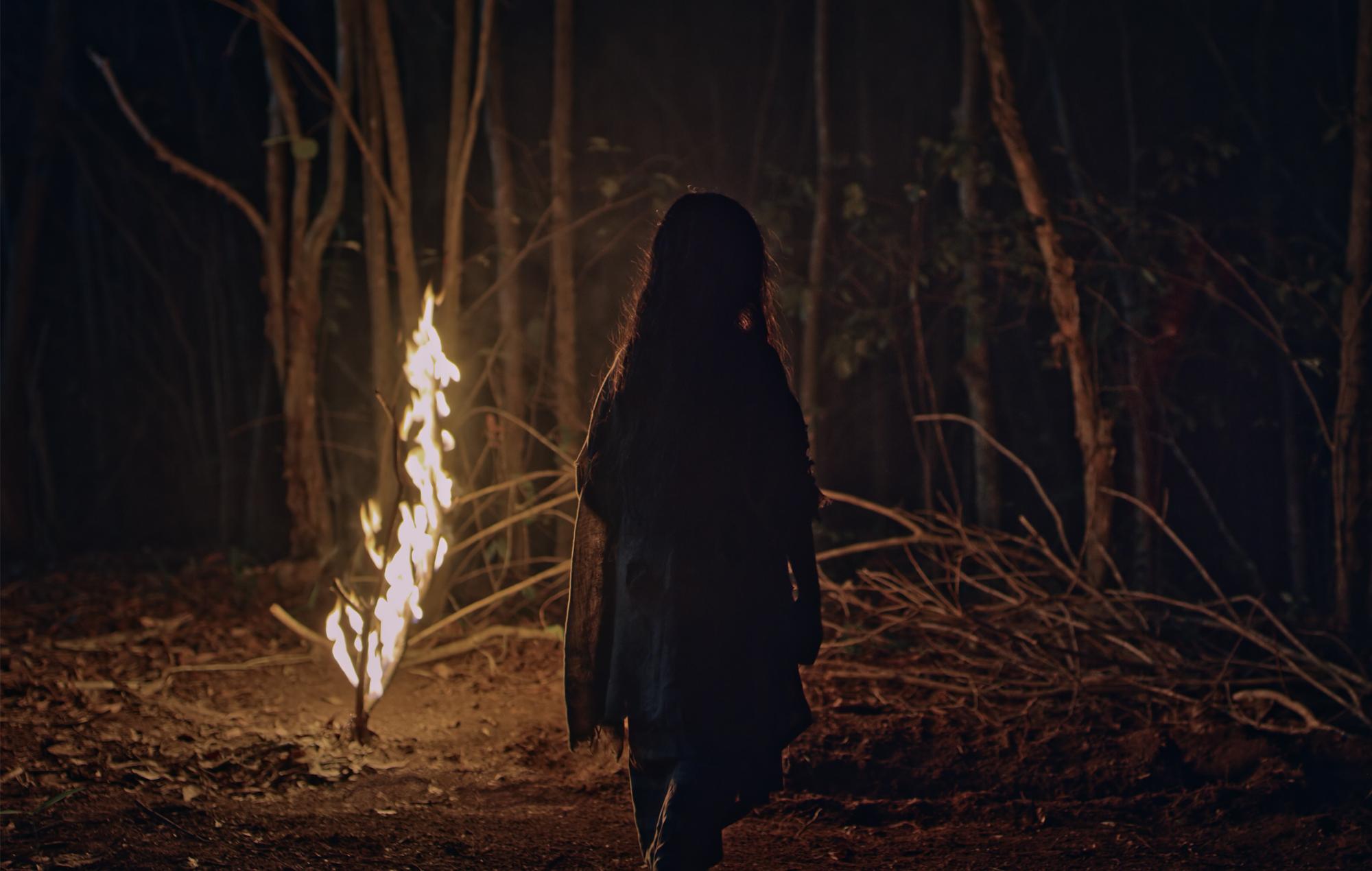Roh movie review Malaysia horror Emir Ezwan Netflix Disney+ Hotstar