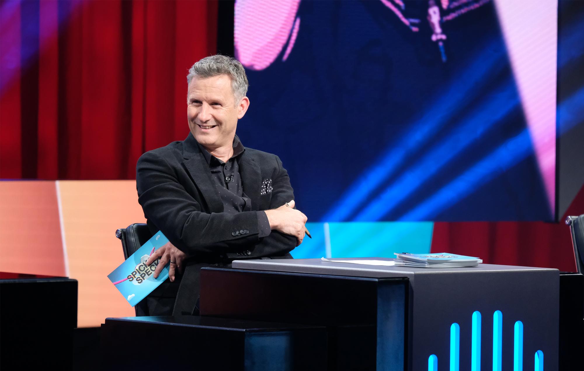 Spicks and Specks 2021 interview Adam Hills pandemic revival new season