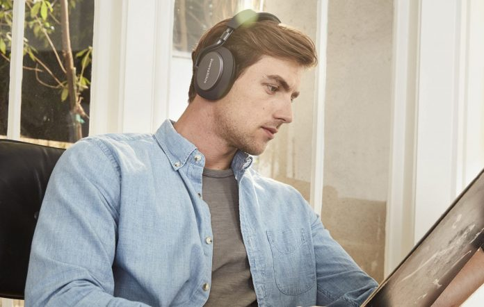 Bowers and Wilkins PX lifestyle