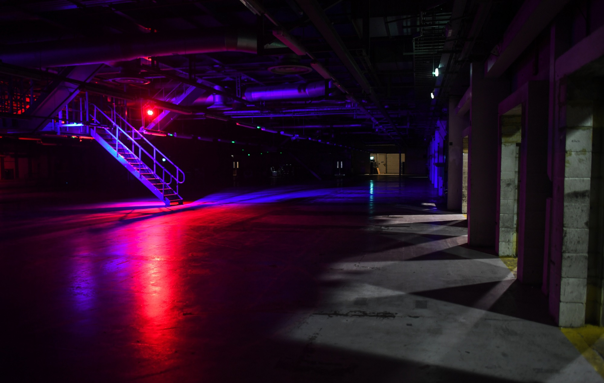 Nightclubs threaten Government with legal action over reopening delays