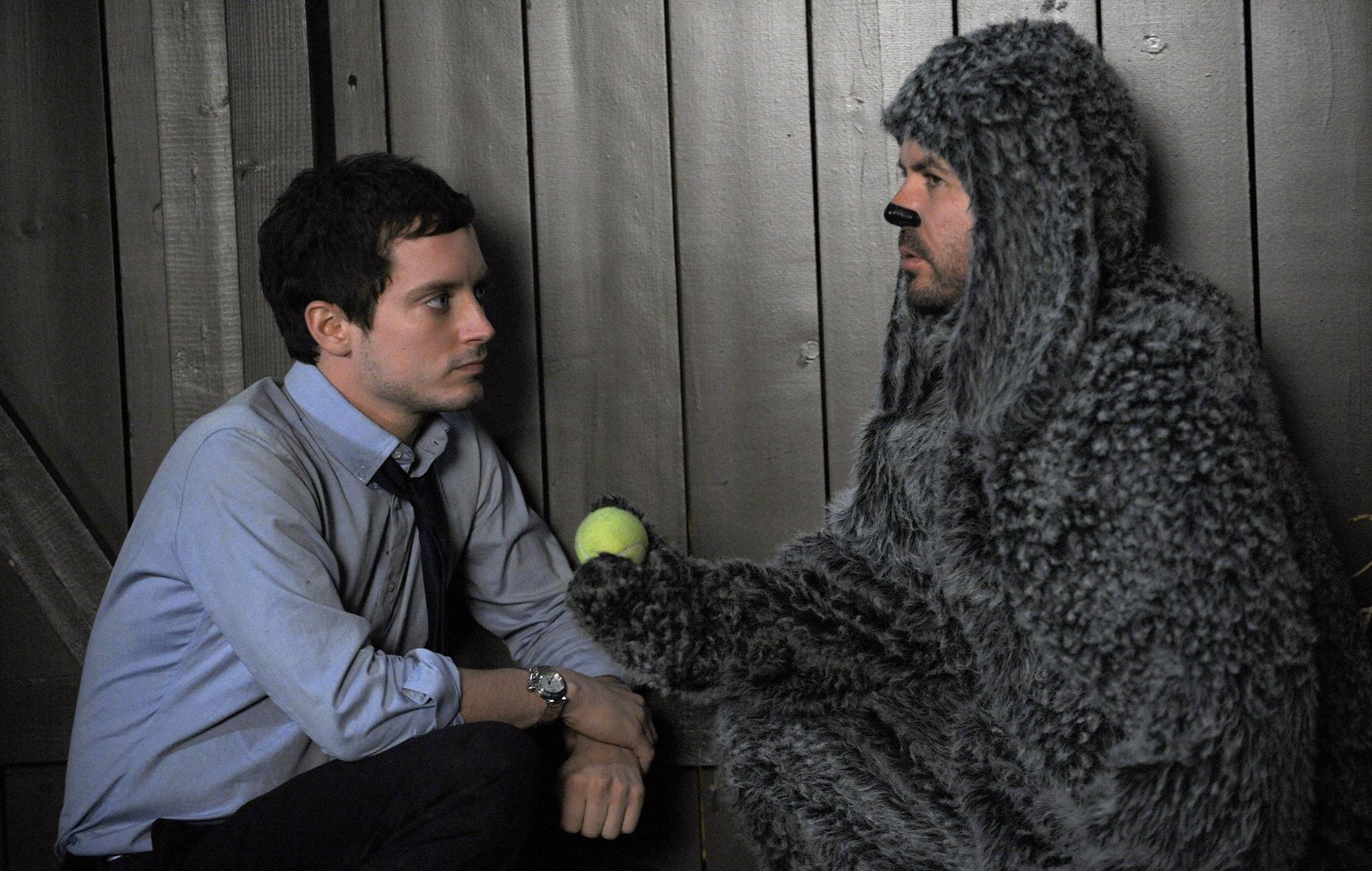 Elijah Wood, Jason Gann in Wilfred remake