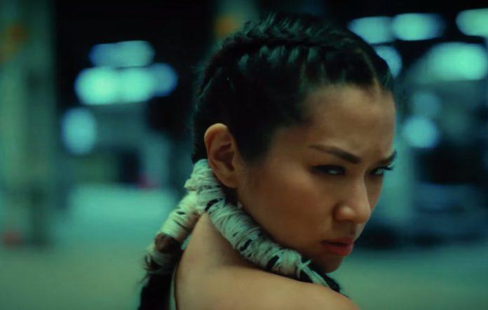 Inch Chua 'Do I, Do I' music video