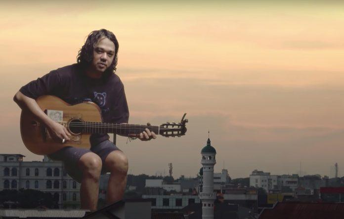 Jason Ranti 'Kadang Jakarta Jadi Ungu'