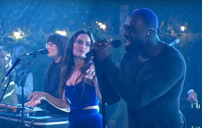 Julia Stone and Kwame cover Kanye West's 'All Of The Lights' on ABC's 'The Set'