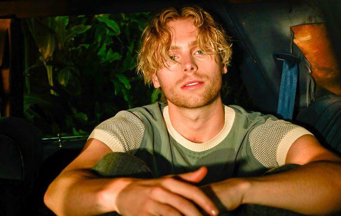 5 Seconds of Summer lead vocalist Luke Hemmings