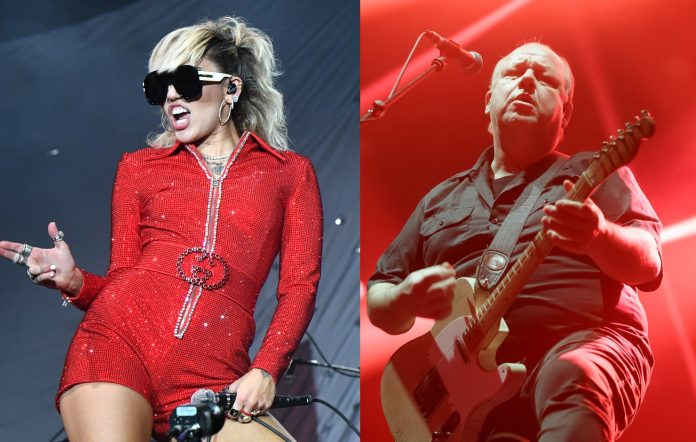 Miley Cyrus made a 'We Can't Stop' and the Pixies' 'Where Is My Mind' medley for Lollapalooza