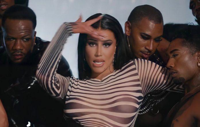 iggy azalea blackfishing accusations i am the stripclub