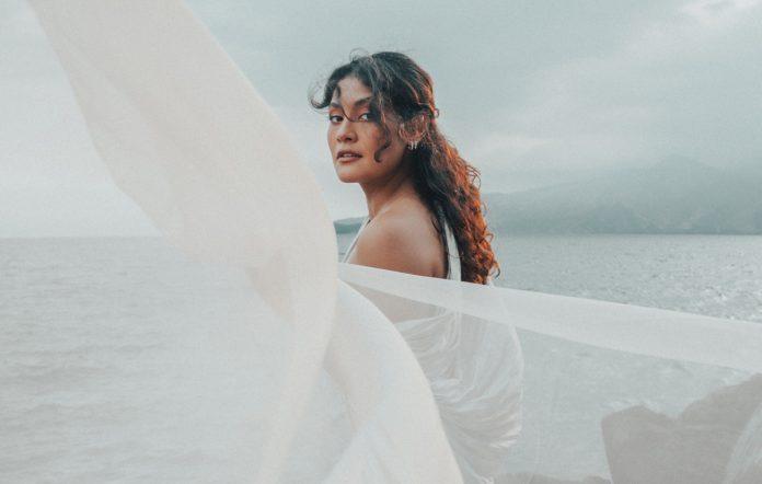 Kiana V 'Dazed' single upcoming EP