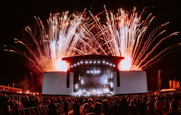 The main stage when Biffy Clyro headlined Reading Festival 2021. Credit: Andy Ford for NME