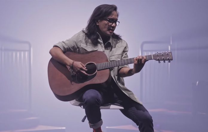 Ebe Dancel 'Tanging Kailangan' single
