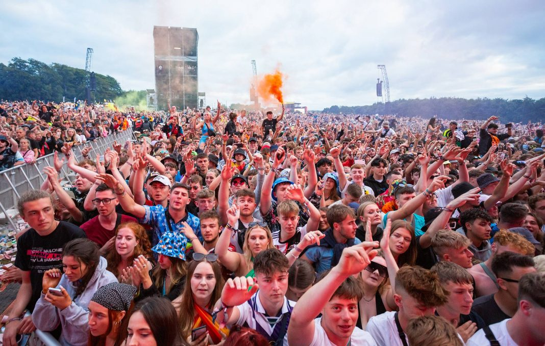 the crowd while Two Door Cinema Club perform on stage during Leeds Festival 2021 at Bramham Park on August 29, 2021 in Leeds, England. (Photo by Andrew Benge/Redferns)