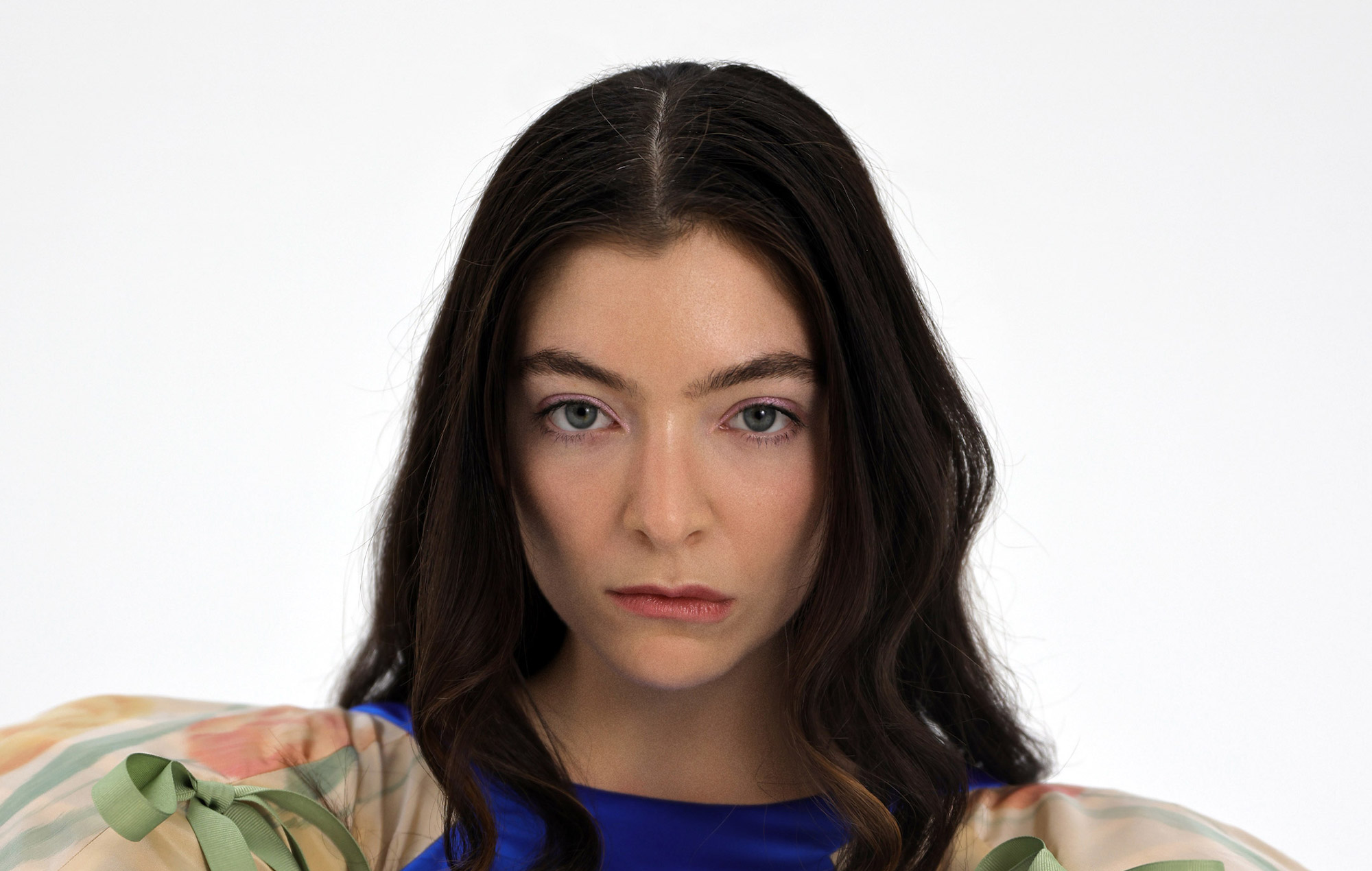 Lorde discusses not reading reviews of her music: