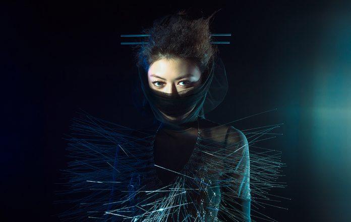 Singaporean singer-songwriter Jasmine Sokko shares 6-track EP 'θi = θr'
