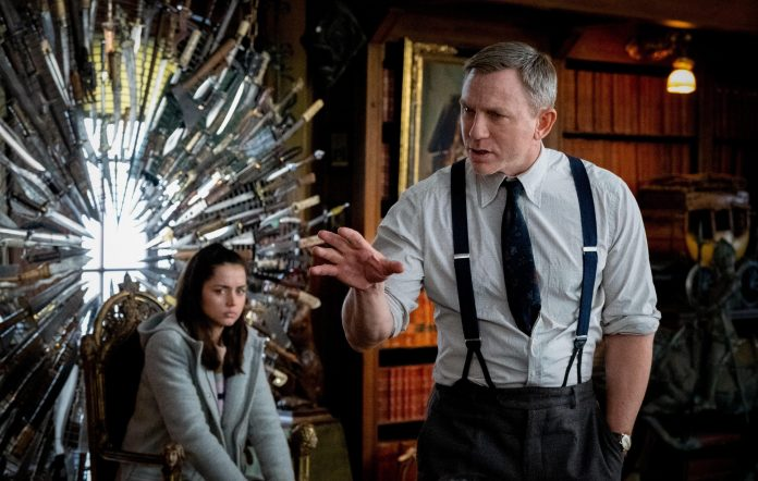 'Knives Out' starring Daniel Craig