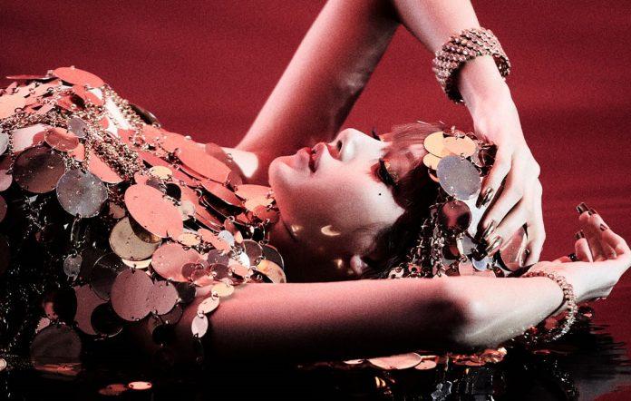 lisa blackpink lalisa money review single album solo debut
