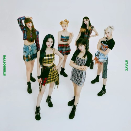 stayc stereotype review first mini album