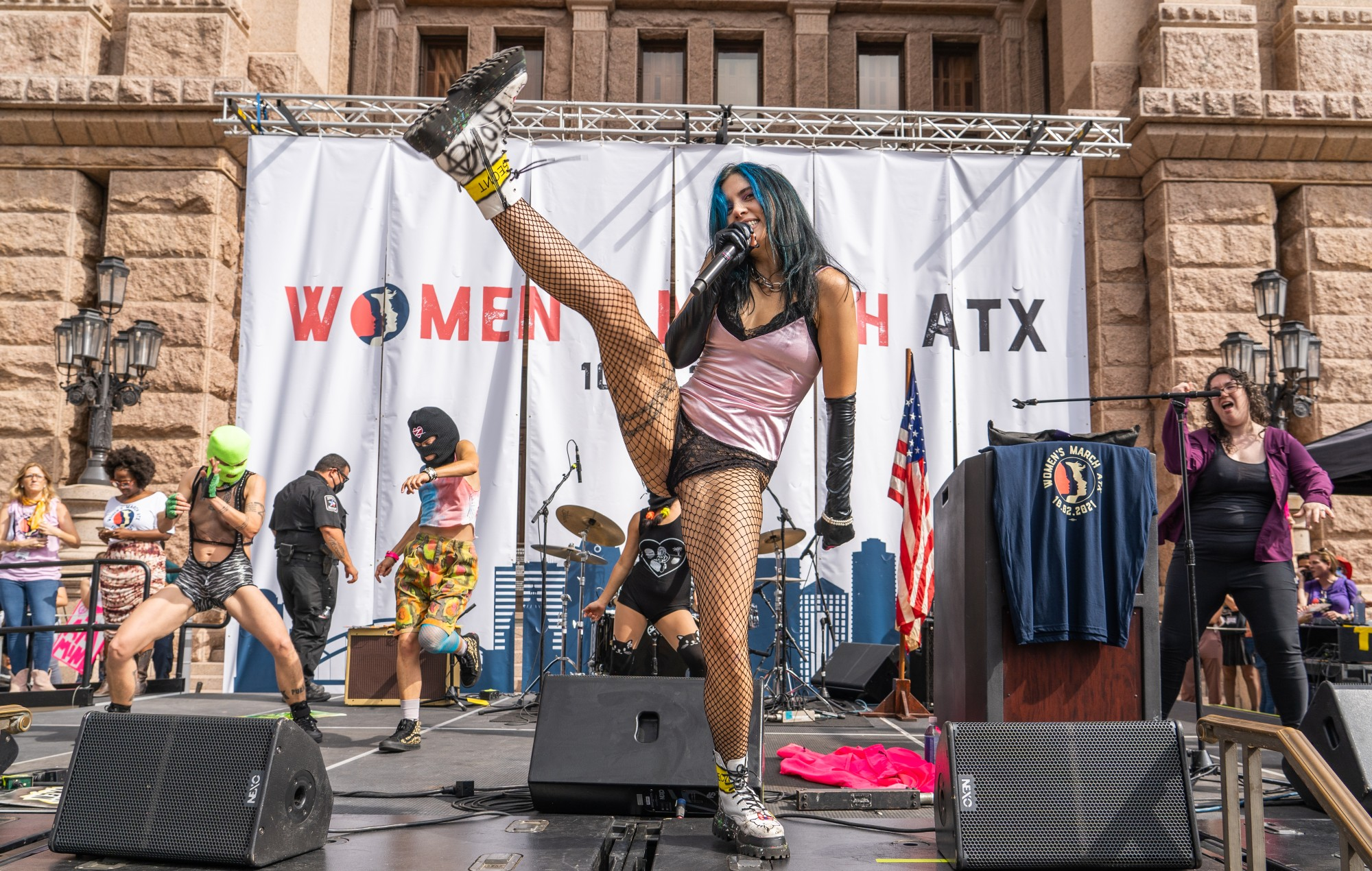 Pussy Riot perform at the nearby Women's March (Credit: Joshua Mellin)
