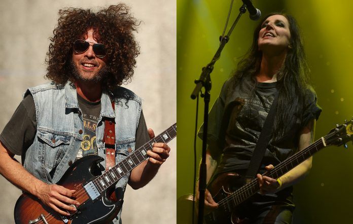 Wolfmother, Magic Dirt