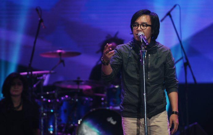 Ex-Dewa 19 frontman Ari Lasso releases new single, 'Malaikat itu Nyata'