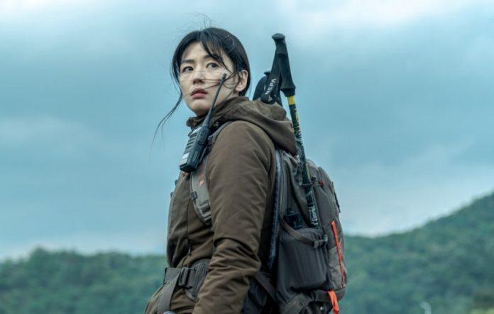 jeon ji hyun jirisan mount jiri cliffhanger stills tvn 2021